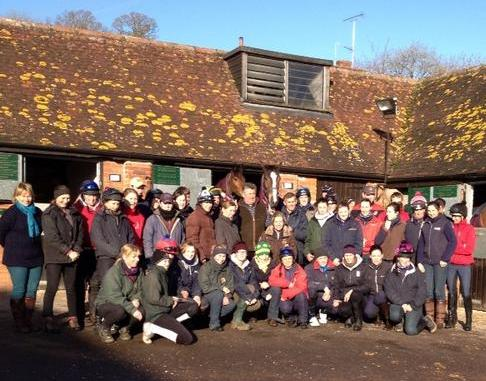 Stable staff of Paul Nicholls say goodbye to Kauto Star