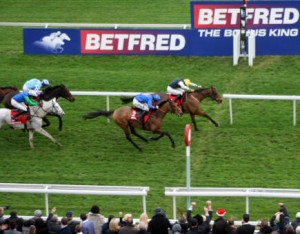 Hello Bud wins at Aintree
