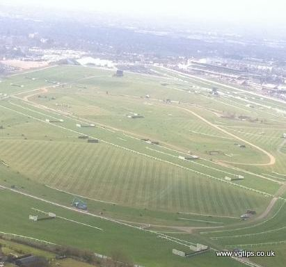 cheltenham racecourse from the air