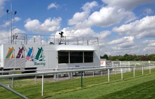 channel 4 racing goes on the road