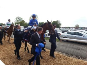 Mick Fitzgerald reports for channel 4 racing