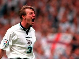 Stuart 'Psycho' Pearce attacks 'apathetic' England players