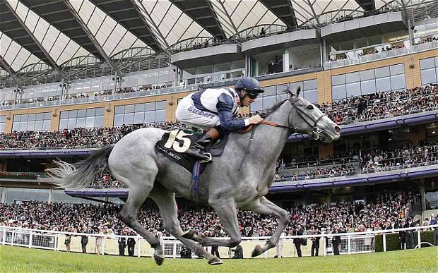 Sky Lantern wins the Sun Chariot Stakes at Newmarket