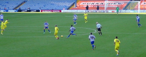 owls v terriers pic by vernon