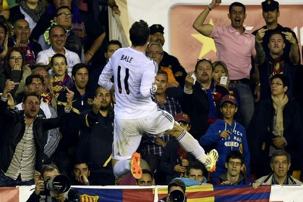 bale celebrates barca fans abuse him