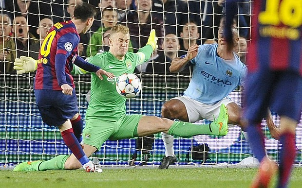 Hart  denies Lionel Messi a late goal
