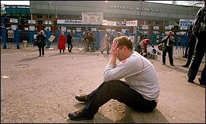 fan in despair