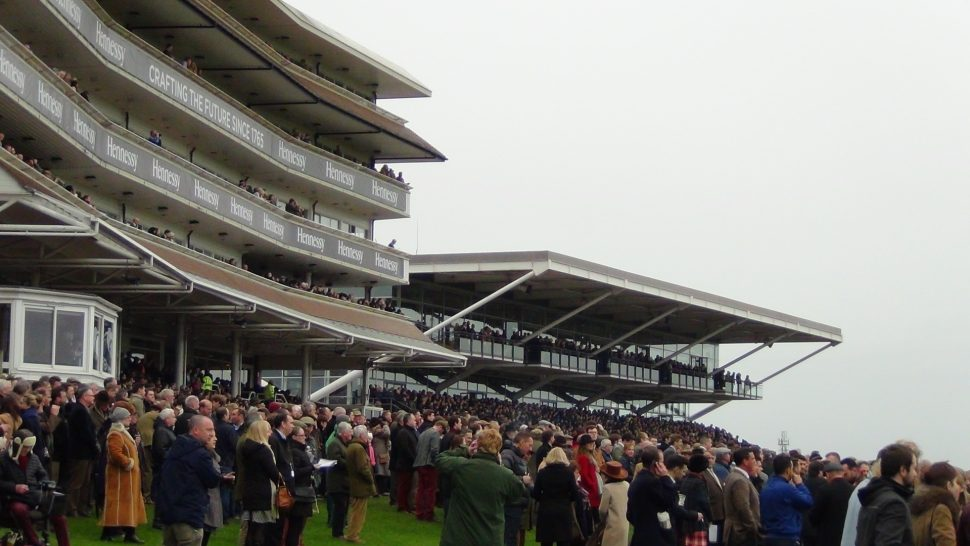 Newburyy racecourse crowds on Hennessy Gold Cup day 2015