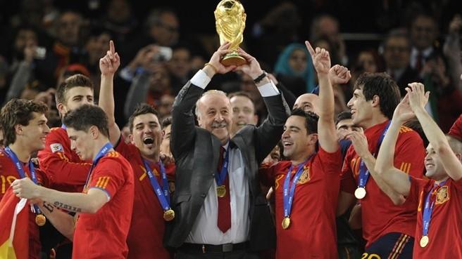 del bosque lifts the world cup for spain