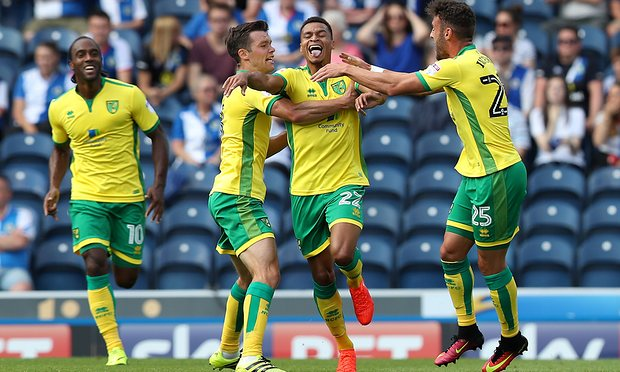 Jacob Murphy scores for Norwich