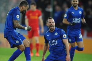 drinkwater celebrates scoring for leicester