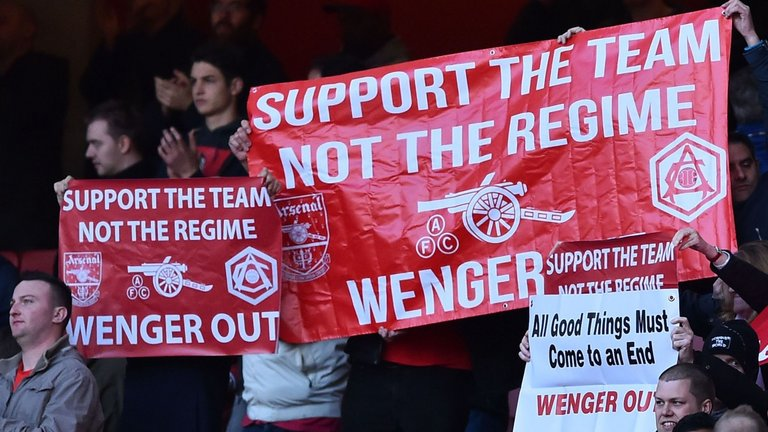arsenal fans want wenger gone