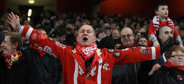 Leyton orient supporters chant