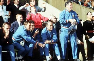 jimmy armfield wore red sweater for world cup final 1966