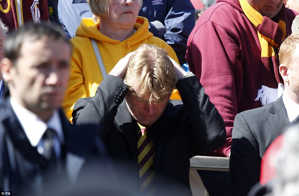 stuart mccall sacked at bradford city