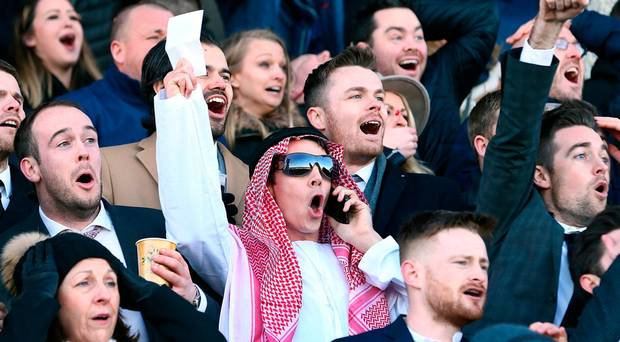 leopardstown punters celebrate