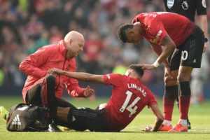 Jesse lingard injured v liverpool