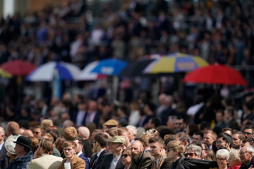ascot racecourse photo of crowd