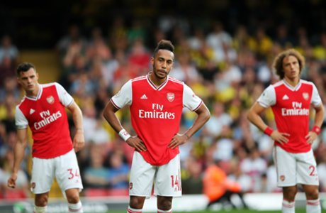 arsenal players despir