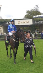 Kynren wins at ascot