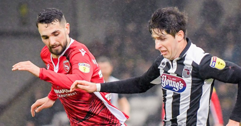Grimsby town win at home